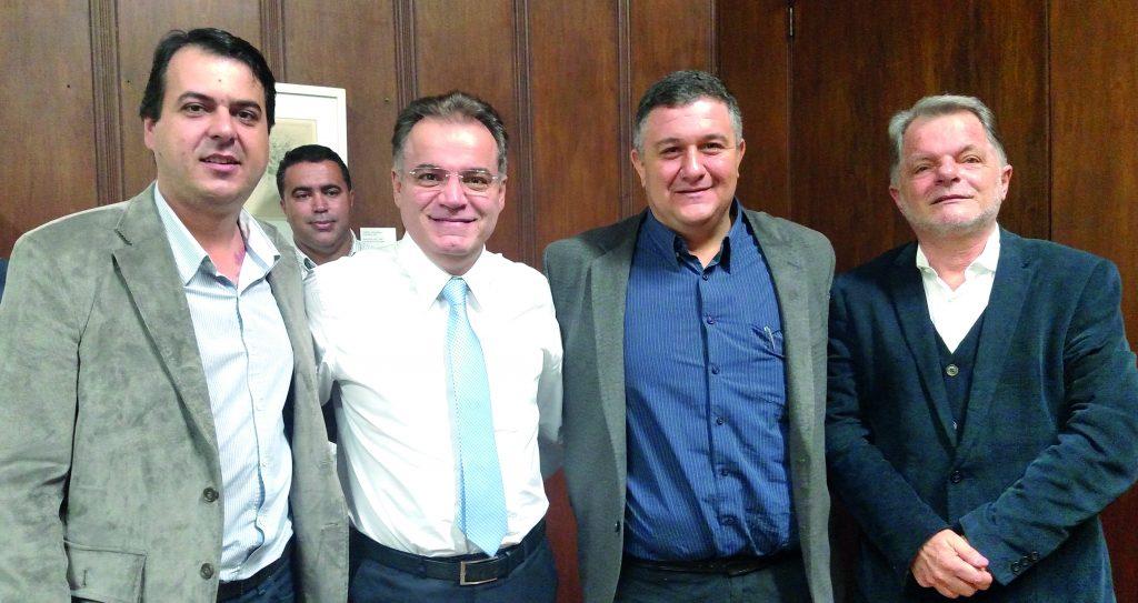 Vice prefeito Sérgio Fornasier, Samuel Moreira Chefe da Casa Civil,vereador Toninho e deputado Estadual Mauro Bragato
